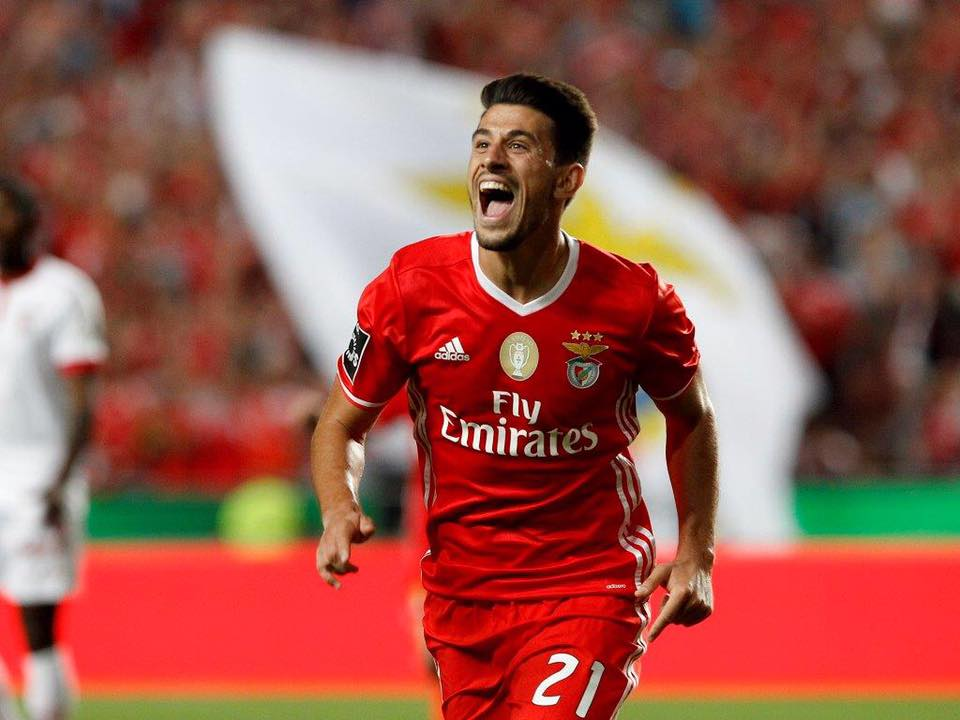 UEFA dá razão a Jorge Sousa nas decisões do dérbi