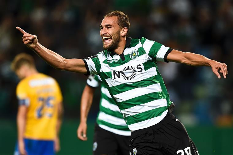 Resultado de imagem para Sporting vence o Feirense, em Alvalade