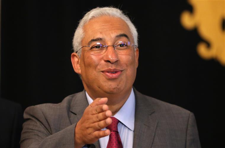 Governo português aprova proposta de Orçamento do Estado para 2018