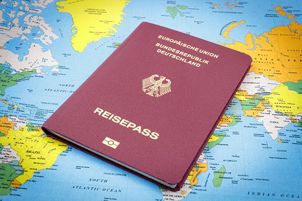 Cingapura tem passaporte que permite entrada em 159 países sem visto