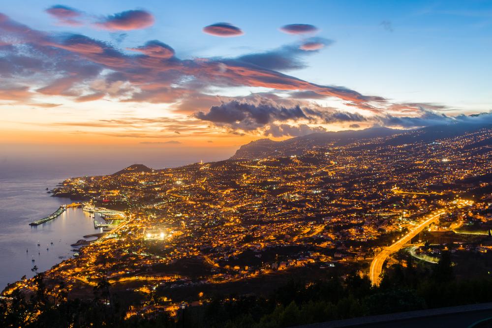 Vento forte continua a cancelar voos na Madeira