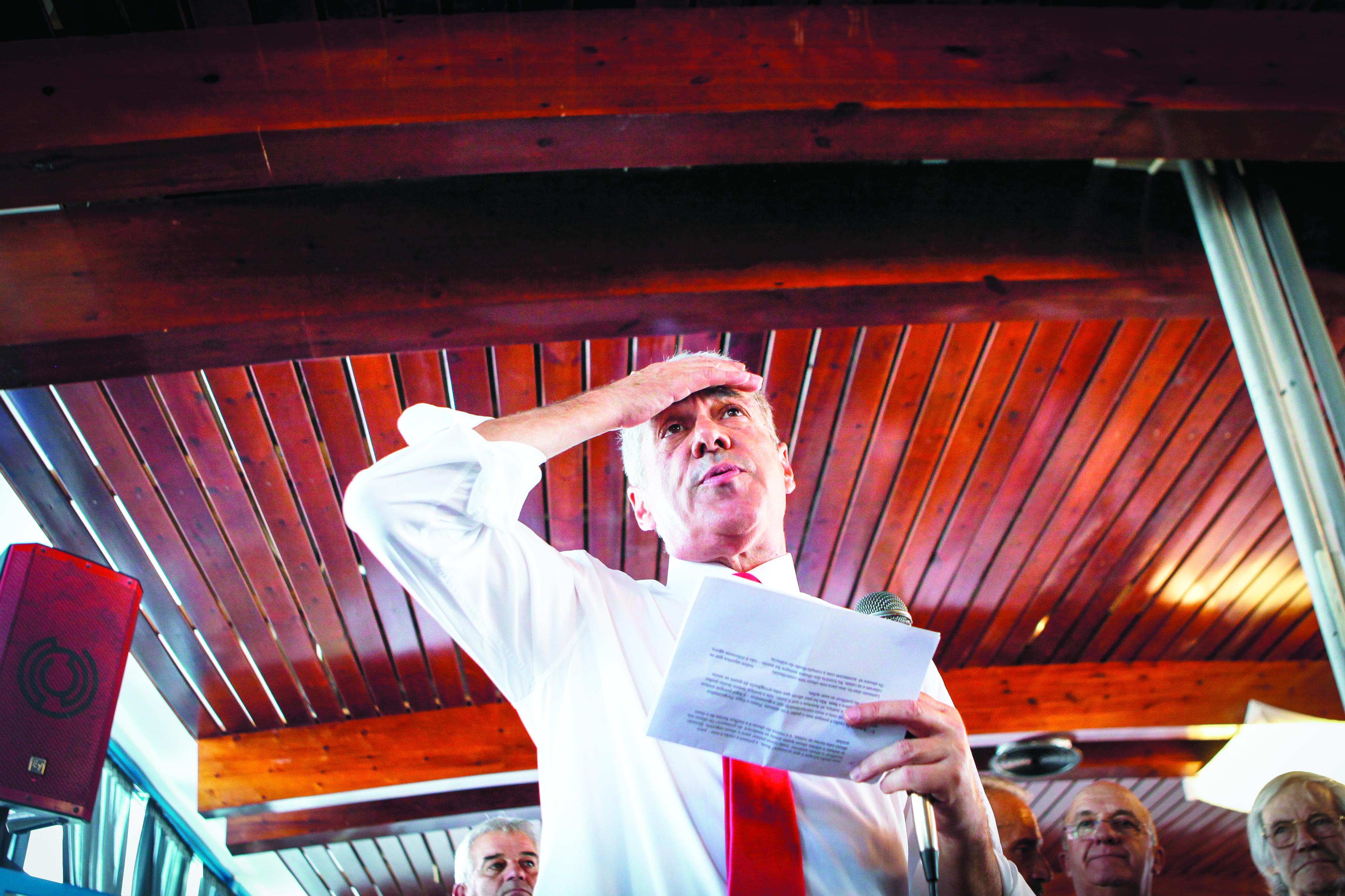 José Sócrates acusado de 31 crimes