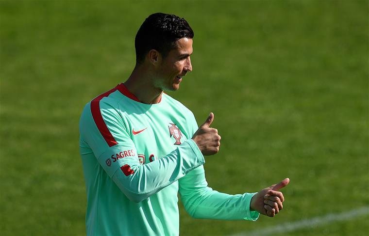 Ronaldo Nomeado Para A Bola De Ouro