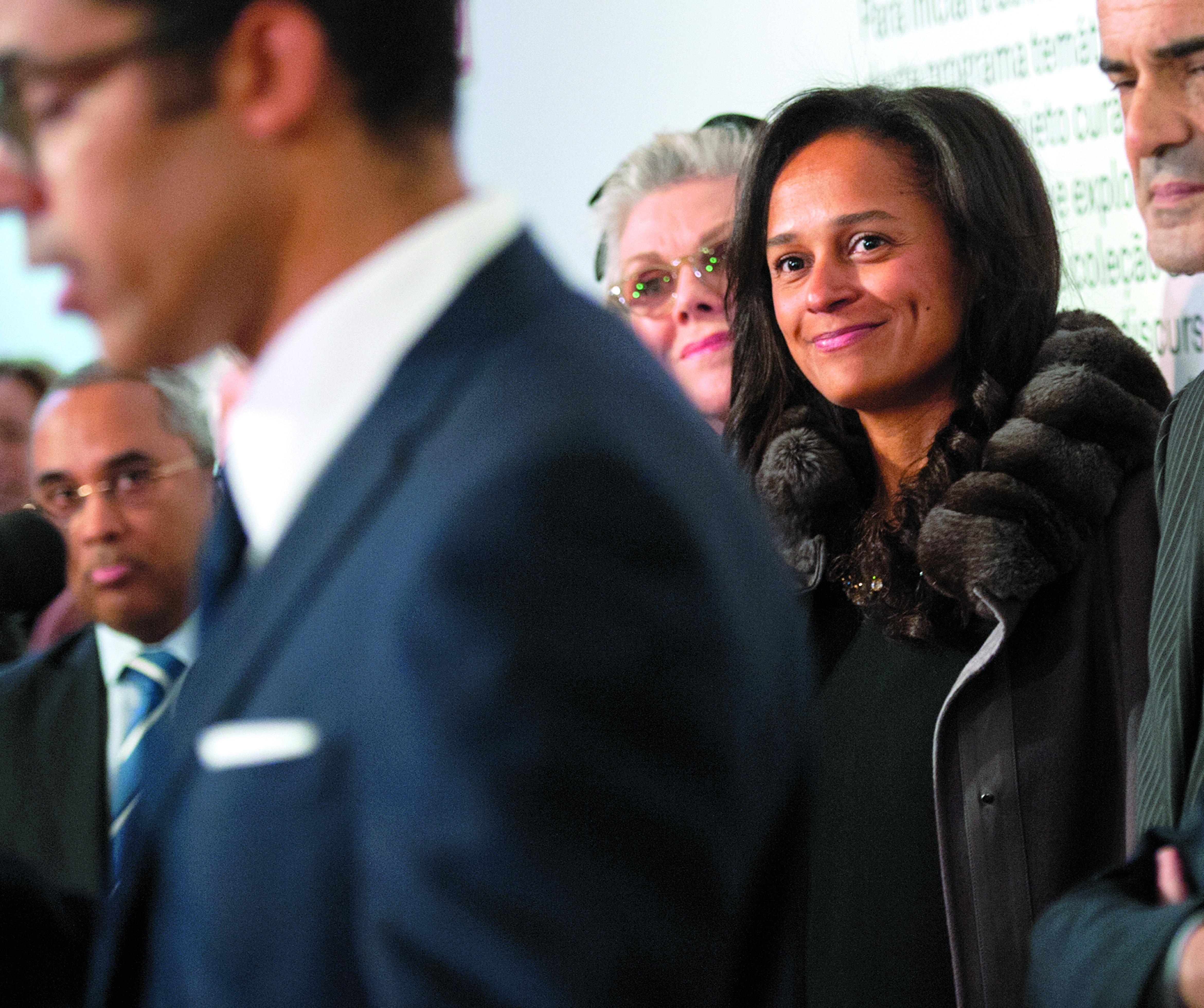 Novo presidente angolano afasta filhos de José Eduardo dos Santos