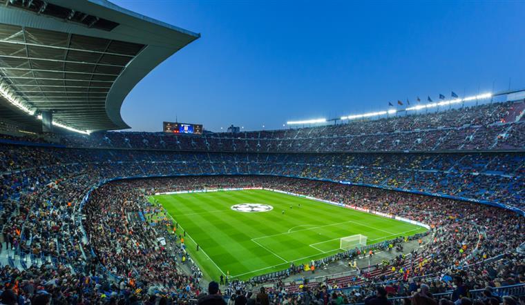 Antigo avançado de City e Real Madrid confessa que pensou suicidar-se