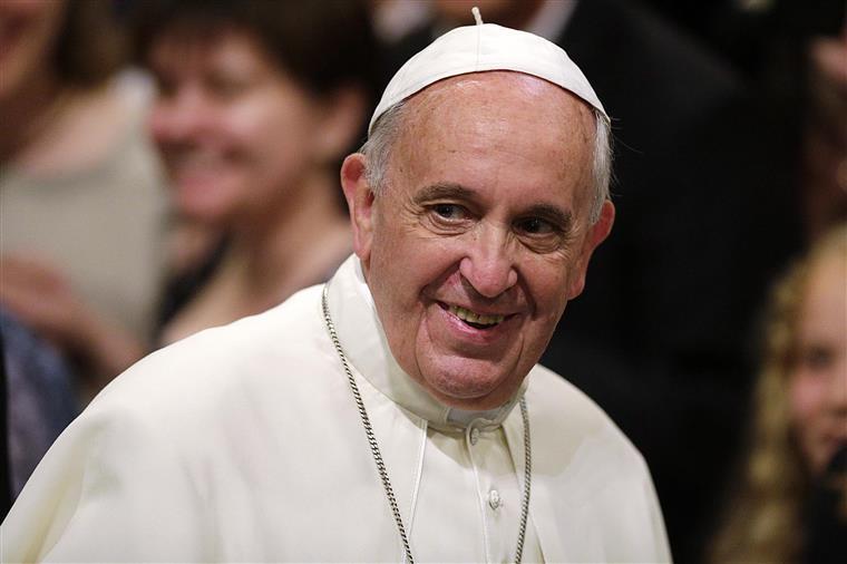 Papa Francisco pede para se lutar contra a indiferença face à pobreza