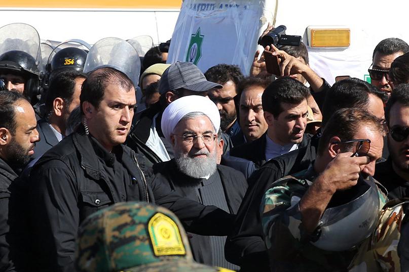 Presidente iraniano anuncia derrota do Estado Islâmico na Síria