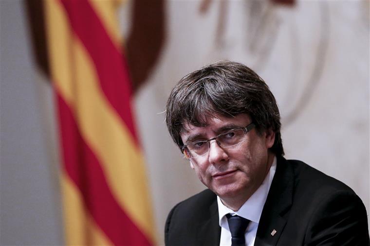 Procuradoria belga ordena detenção de Carles Puigdemont