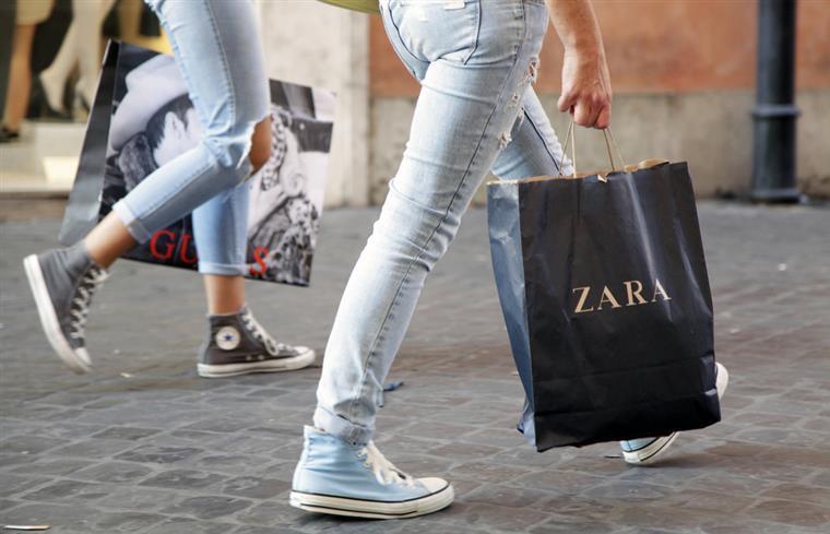 As etiquetas da Zara em Istambul serviram para trabalhadores protestarem