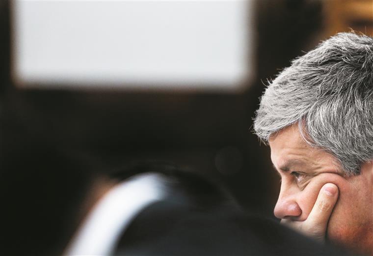Bruxelas adianta hoje 1,5 milhões de euros a Portugal — Incêndios