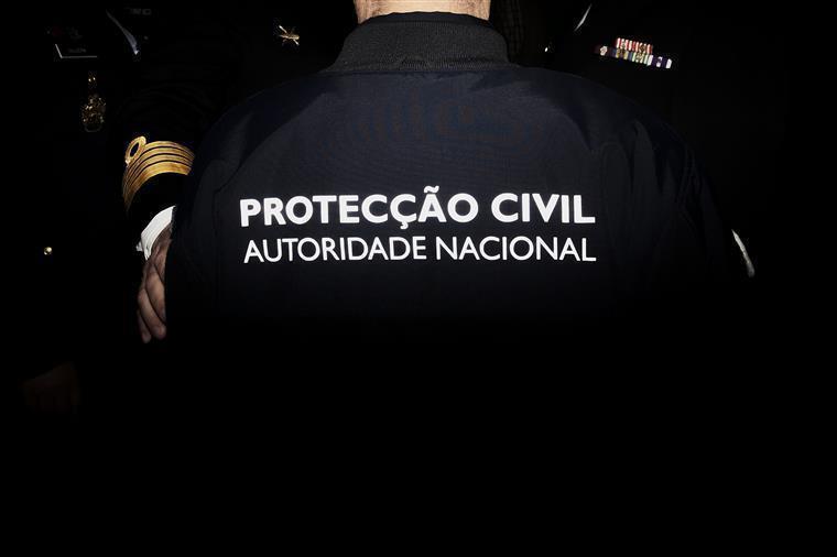 Proteção Civil. Curso irregular surpreende comandante