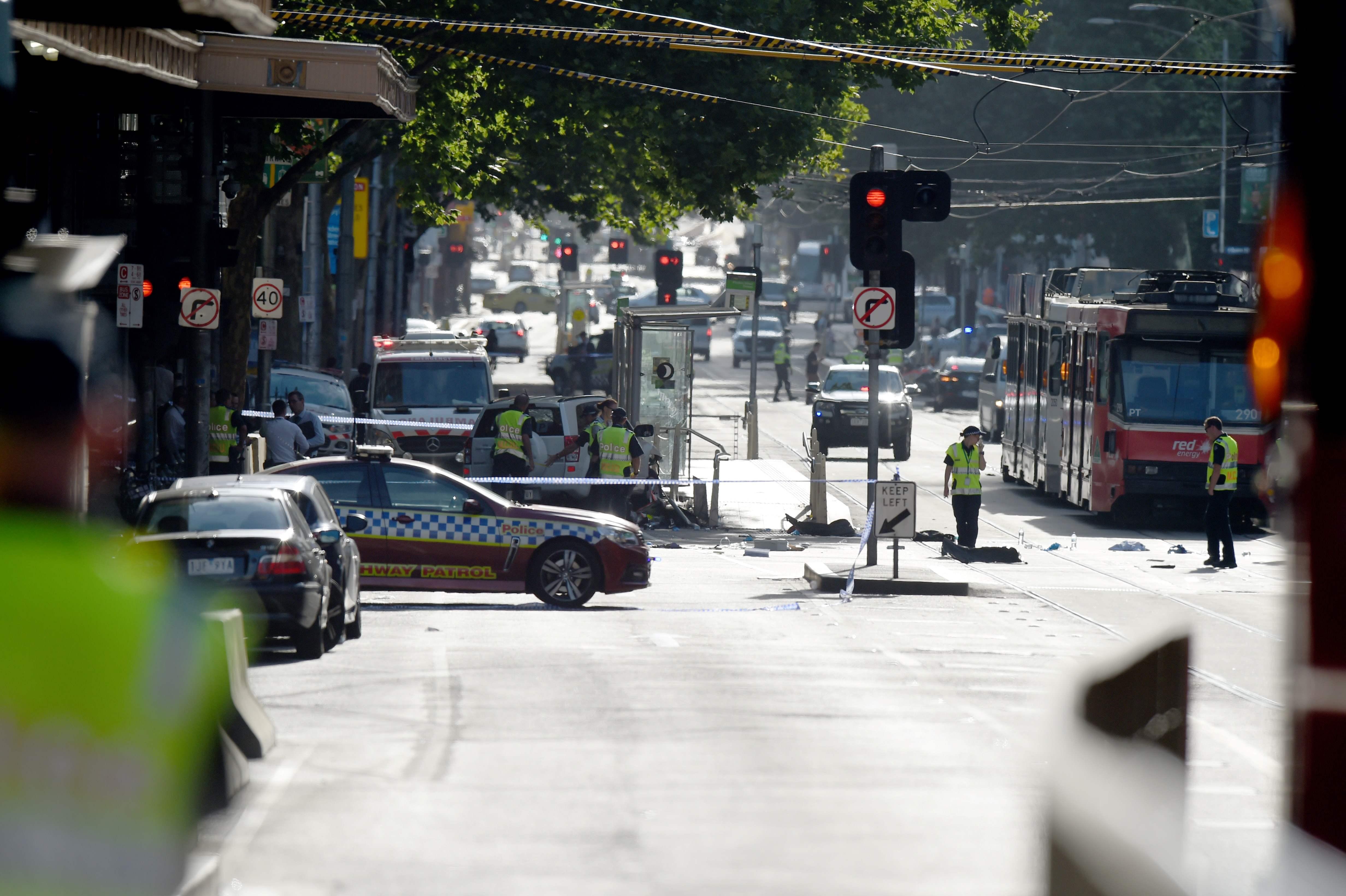 Polícia australiana acredita que atropelamento em Melbourne foi deliberado