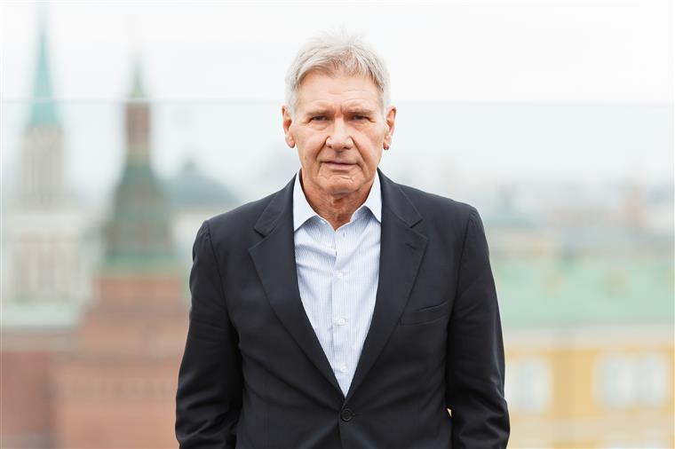 Aeroporto divulga vídeo da aterragem perigosa de Harrison Ford