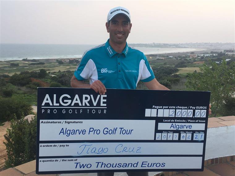 Golfe. Tiago Cruz e Ricardo Santos lideram Algarve Pro Golf Tour