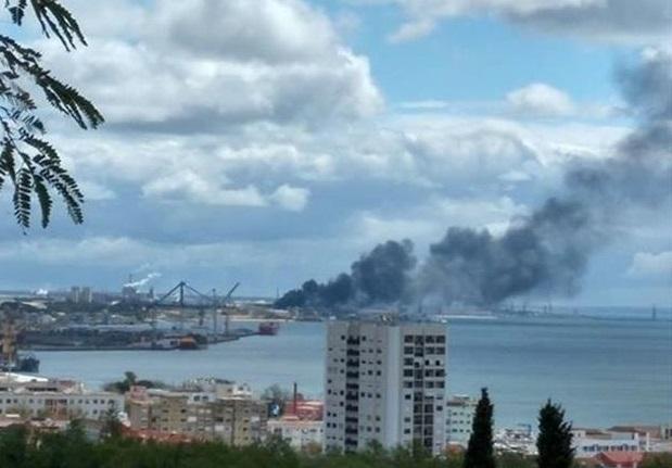 Novo incêndio na SAPEC faz um ferido — Setúbal