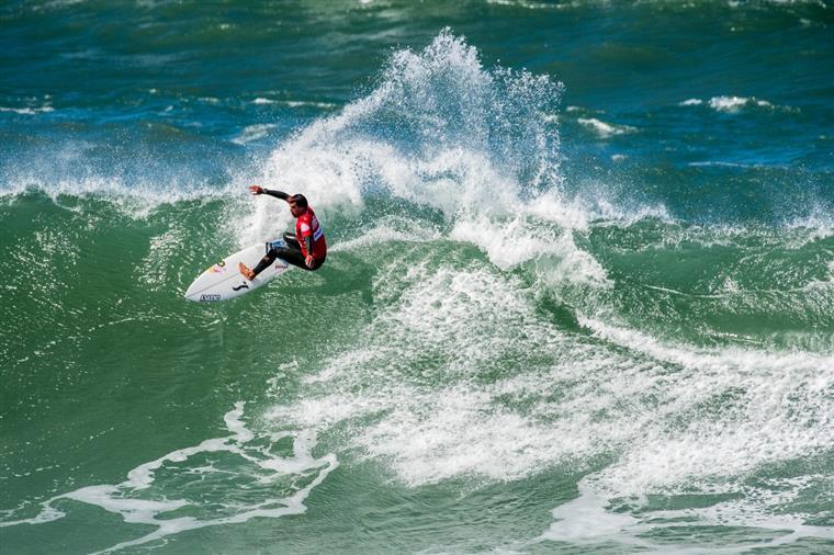 Já começou a corrida aos títulos nacionais de surf