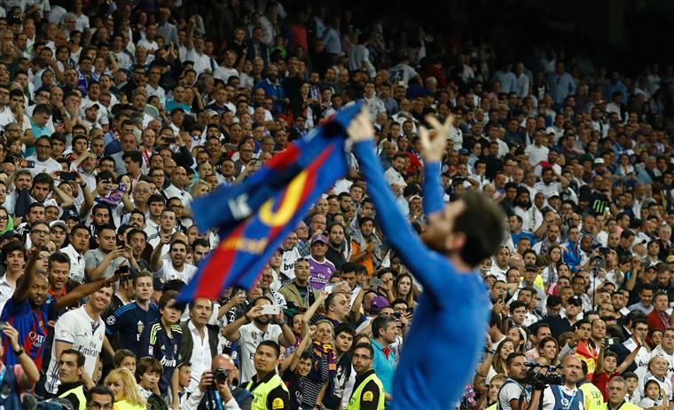 Real Madrid retira lugares cativos aos 357 sócios que venderam bilhetes a adeptos... do Barcelona