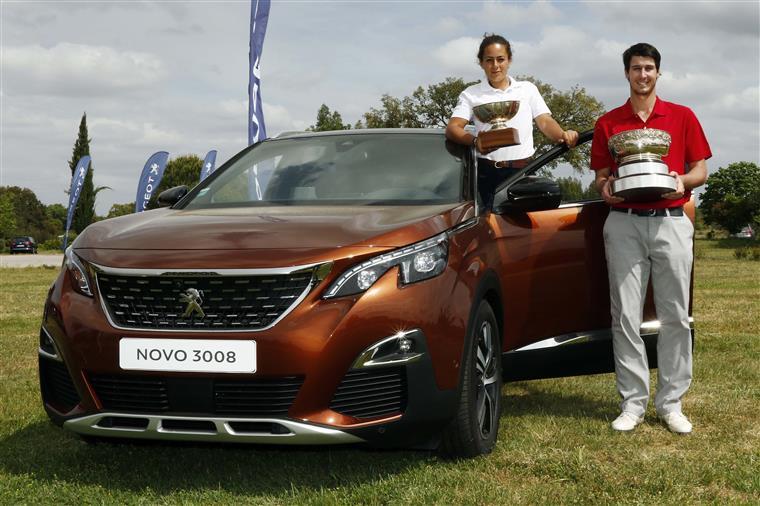 Golfe. Leonor Bessa e Tomás Melo Gouveia vencem Campeonato Nacional Absoluto Peugeot