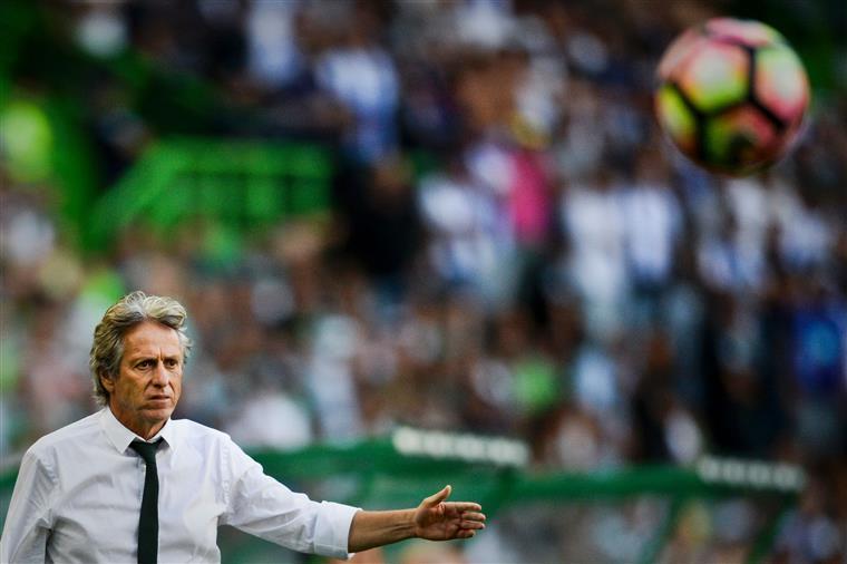 """Jorge Jesus: """"É fundamental que seja o treinador a escolher os jogadores a contratar"""""""