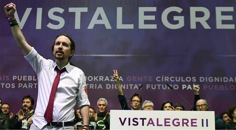 Espanha. Podemos provoca PSOE com moção de censura a Rajoy
