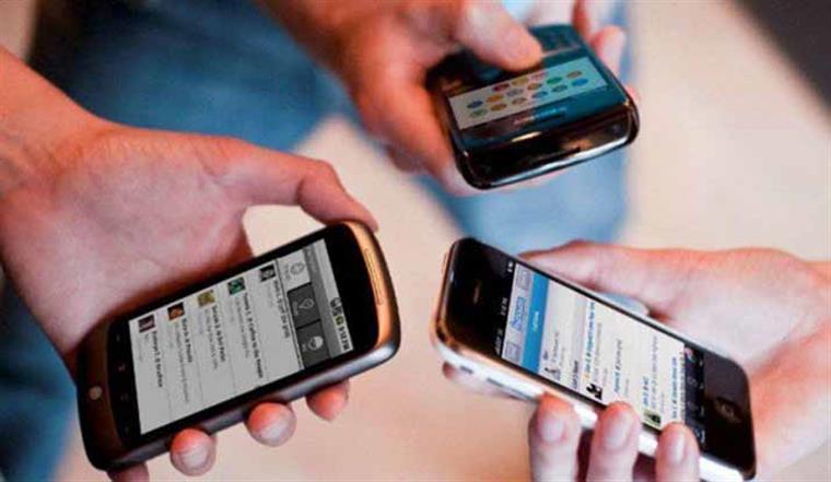 """Resultado de imagem para Taxas de """"roaming"""" já eram"""