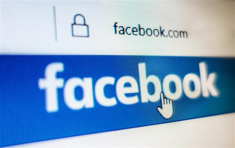 Comissão Europeia multa Facebook em 110 milhões de euros