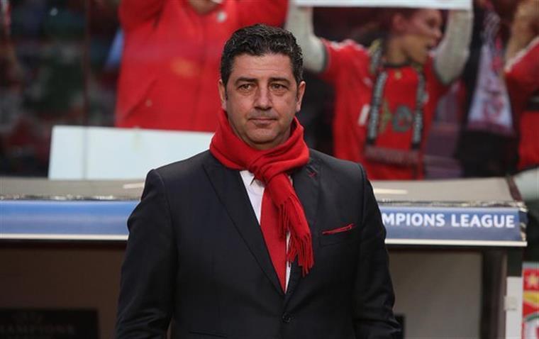 Benfica. Rui Vitória Vai Dar O Título Aos Quatro Que Faltam
