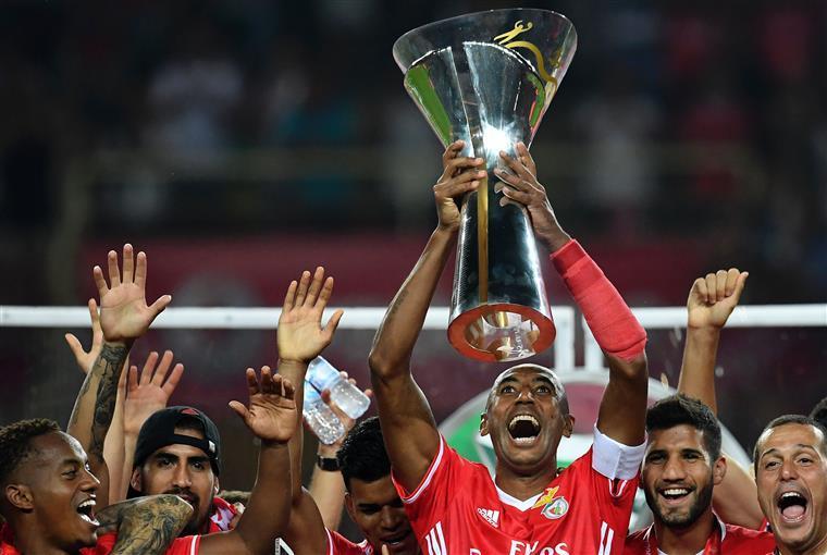 Aos 36, Luisão descarta aposentadoria: 'Serão mais dois anos no Benfica'