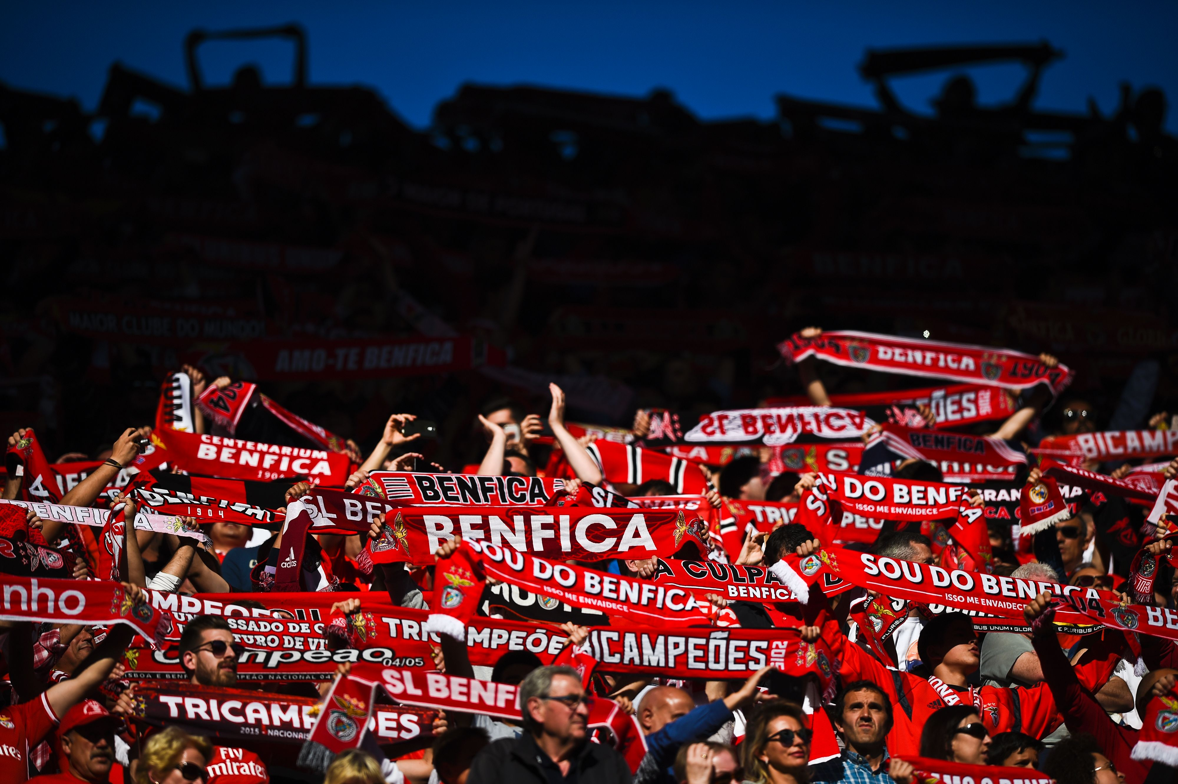 FC Porto quer chutar o Benfica para segundo