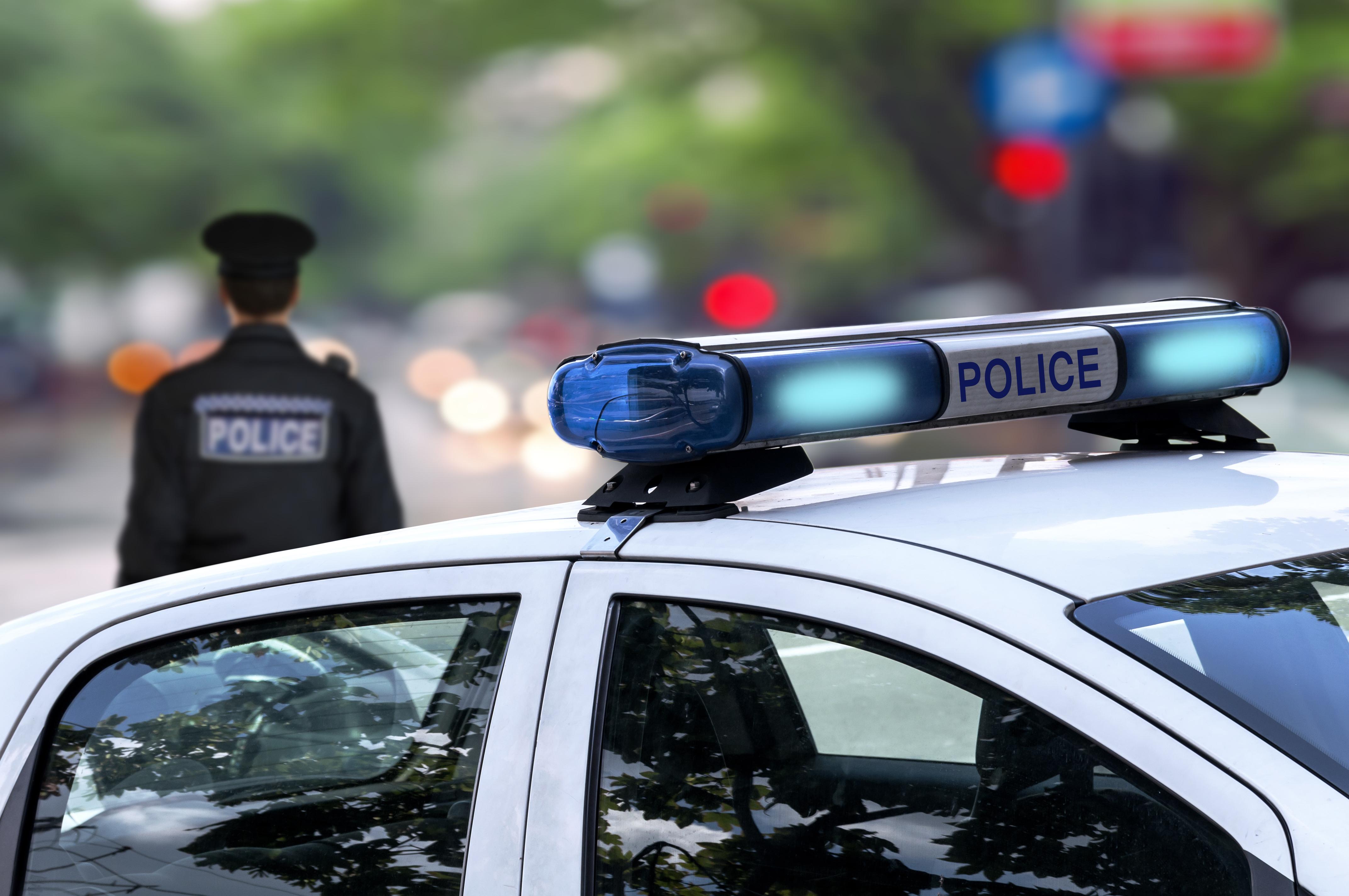 Homem que fugiu de ambulância e roubou carro detido em Espanha