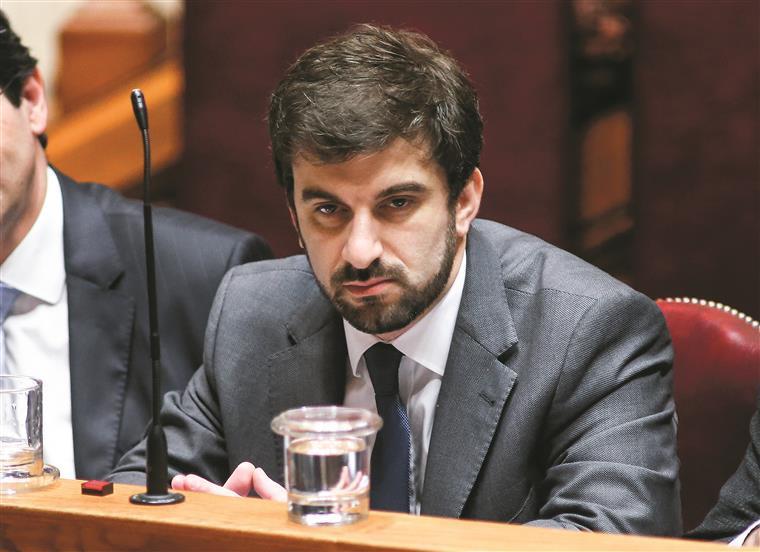Suspeita de fuga de informação no exame de português