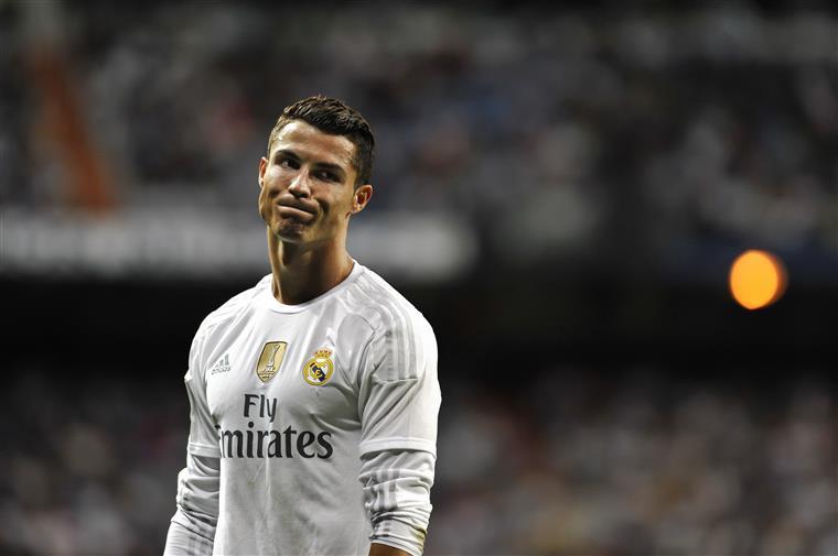 Cristiano Ronaldo vai pagar 14,8 milhões para evitar prisão