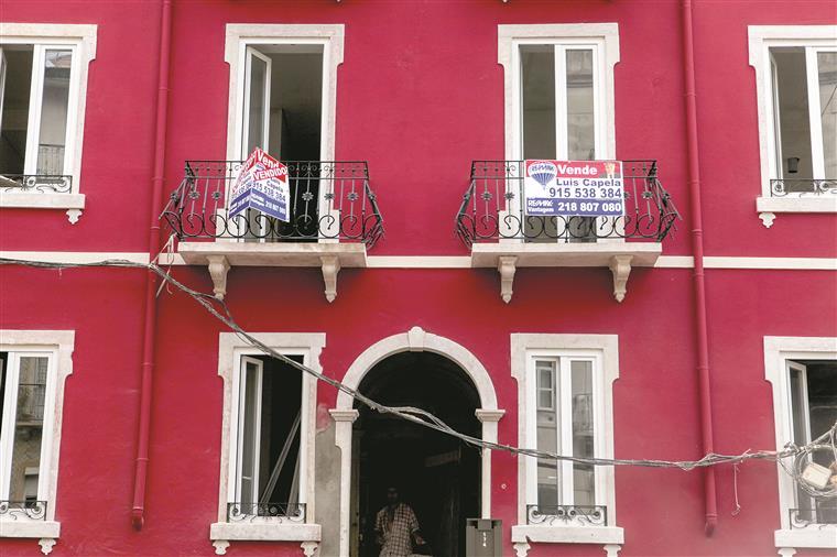 Economia portuguesa atinge em abril a maior dívida de sempre