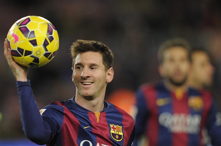 Messi e Antonella doaram sobras do casamento para instituições de caridade