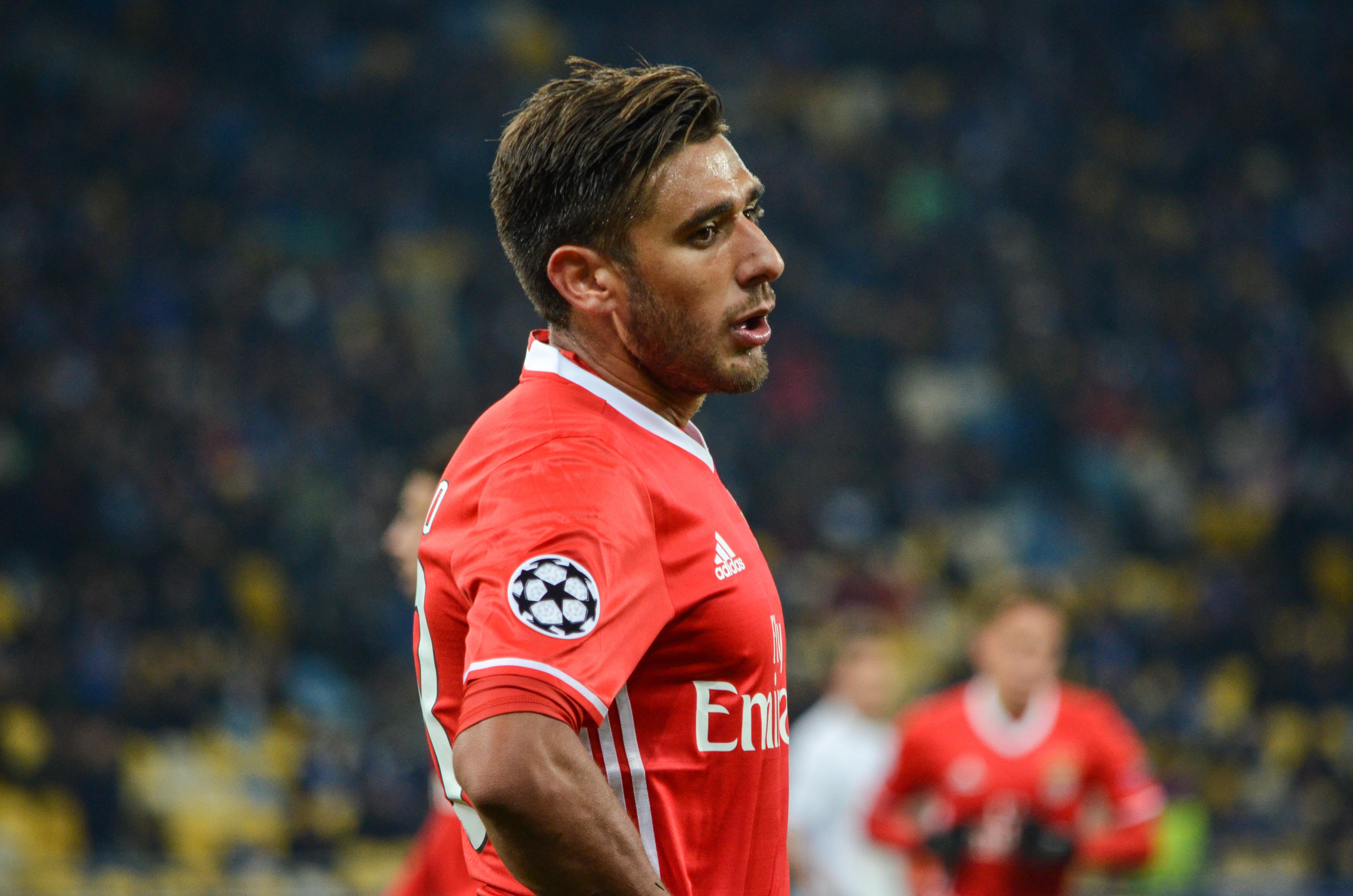 Salvio pode abandonar o Benfica