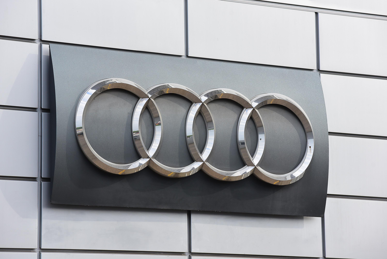 Audi é criticada por objectificar mulheres