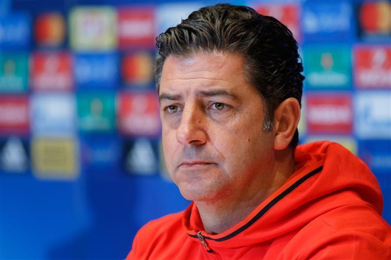Rui Vitória premiado como melhor treinador da Liga