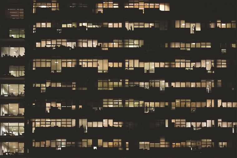Absorção de escritórios aproxima-se dos 88 mil m2 até final de julho