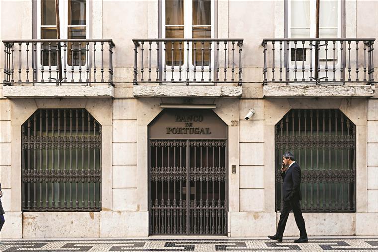 Défice das balanças corrente e de capitais aumenta no primeiro semestre