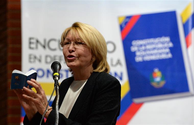 Venezuela. Colômbia oferece asilo a procuradora afastada