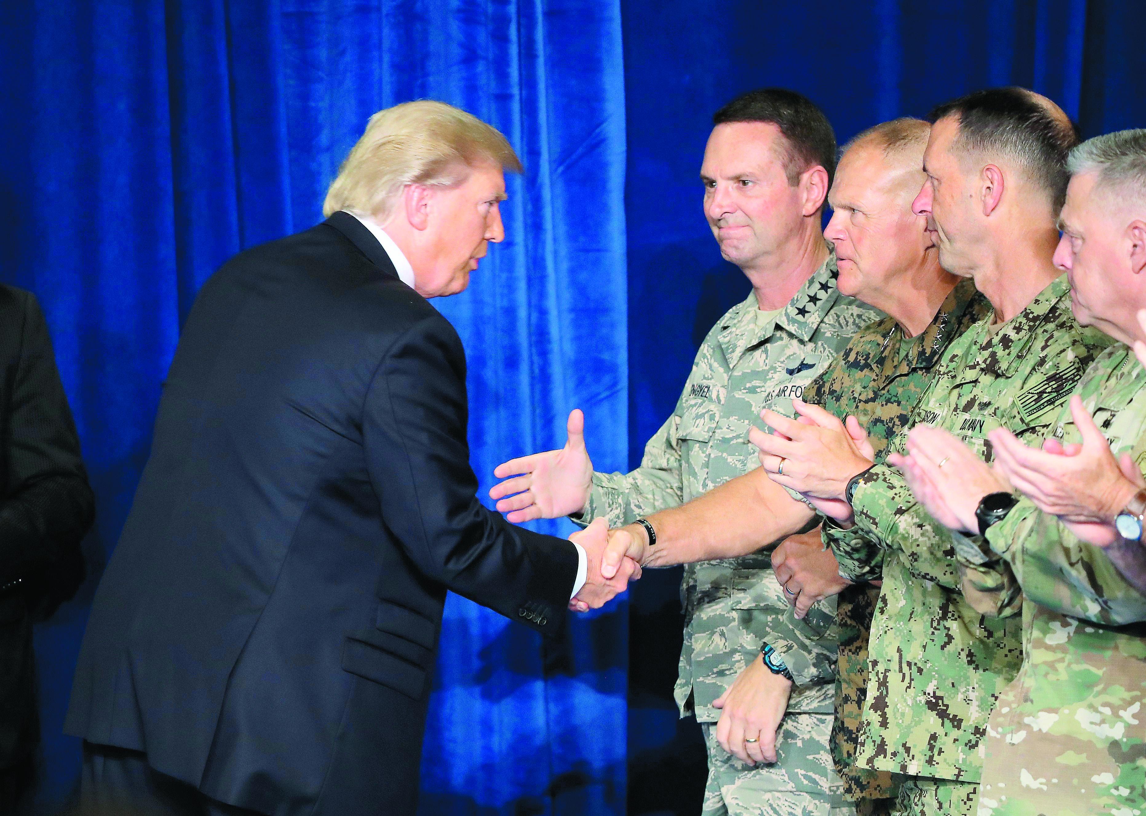 Trump envia mais soldados ao Afeganistão e muda estratégia