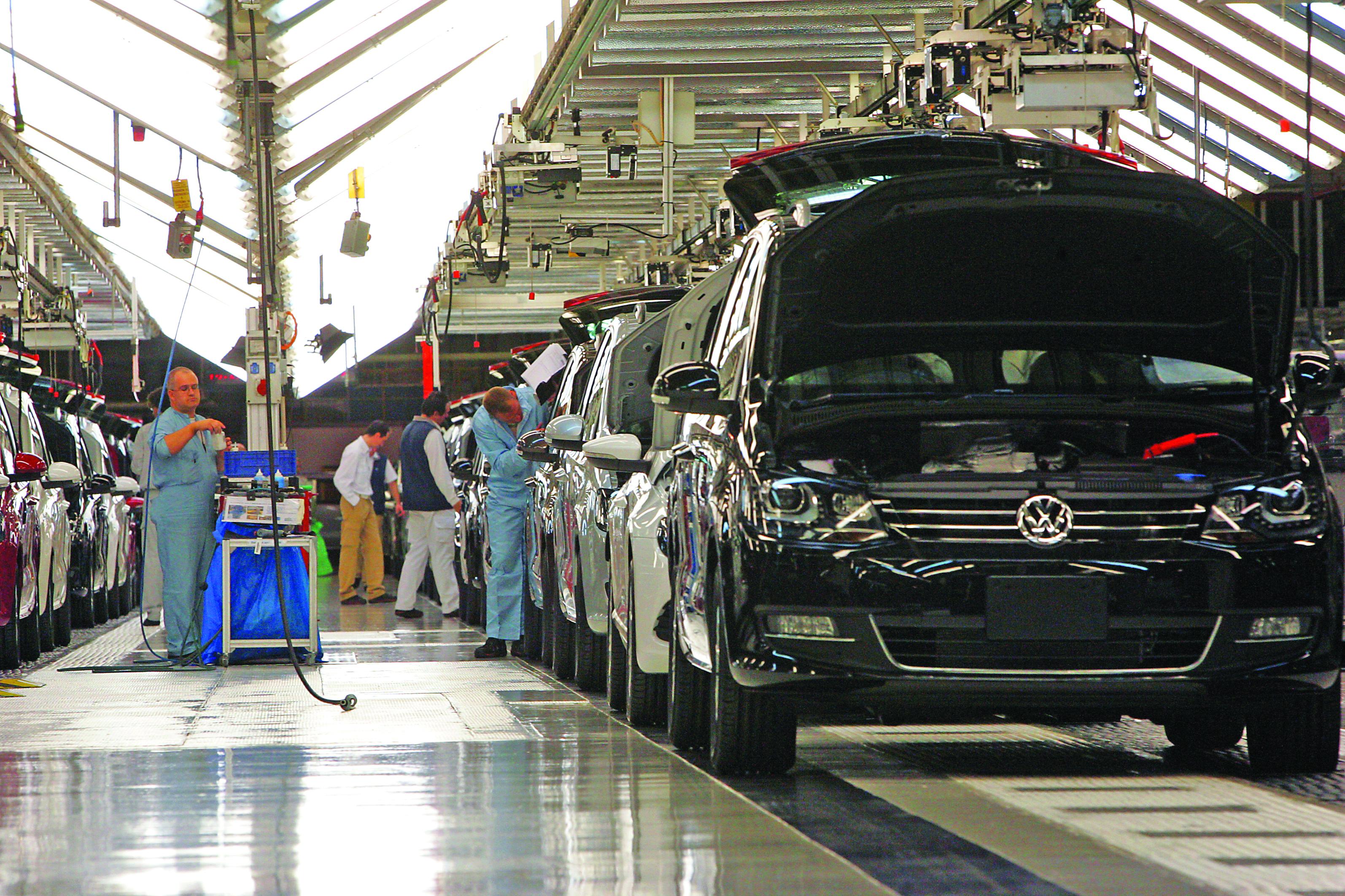 Conheça o novo SUV da Volkswagen: o T-Roc
