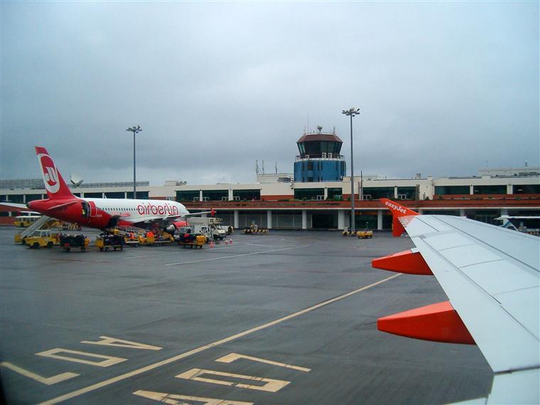 Treze voos cancelados e seis desviados — Aeroporto da Madeira