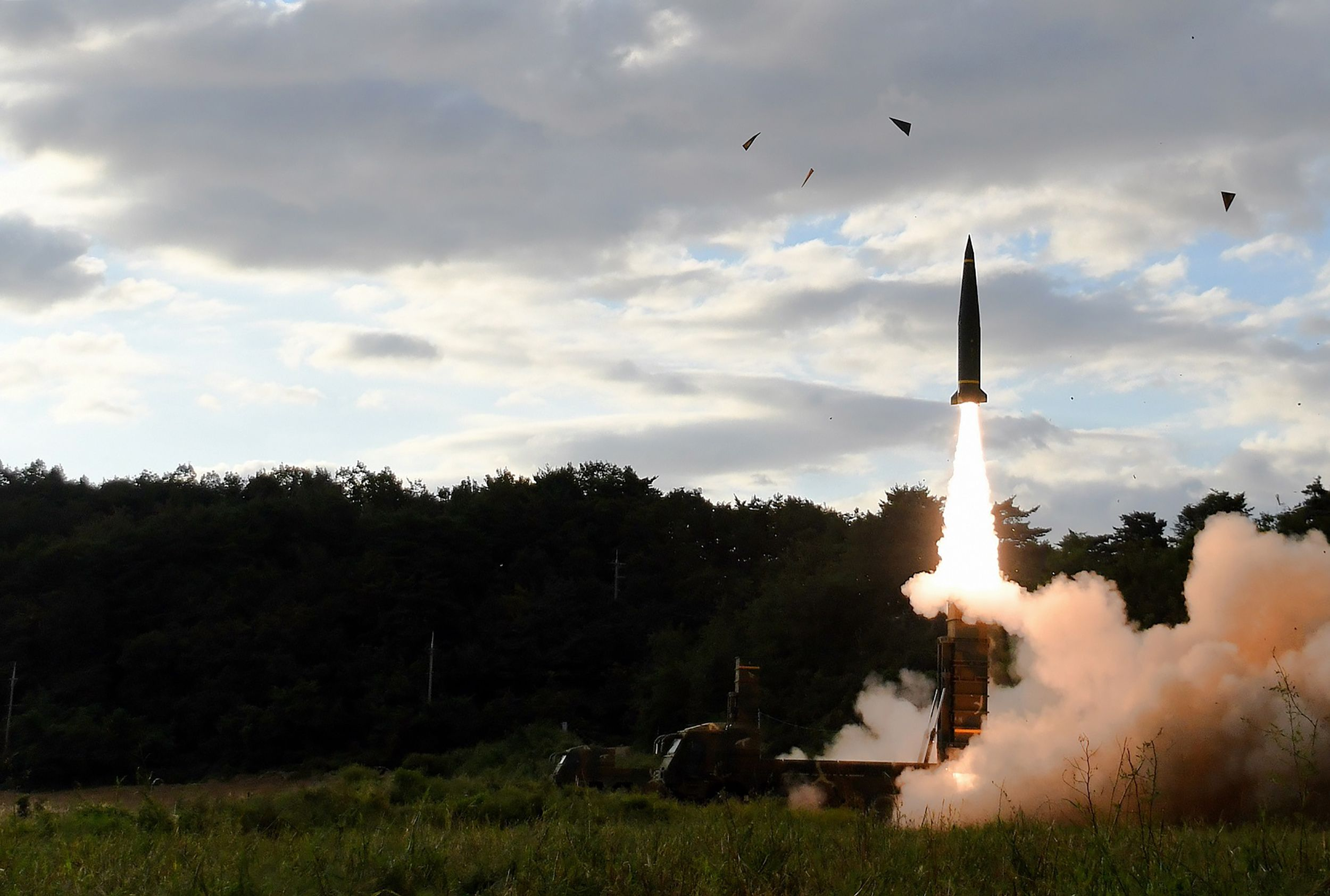 Coreia do Norte desafia ONU e promete acelerar programas militares
