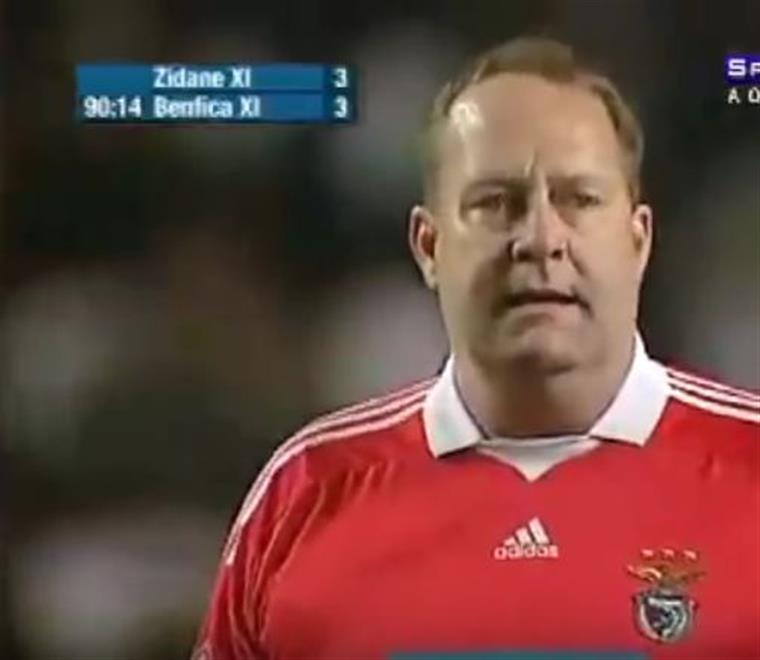 Magnusson confessa que estava bêbedo no jogo amigável de 2010 no estádio da Luz