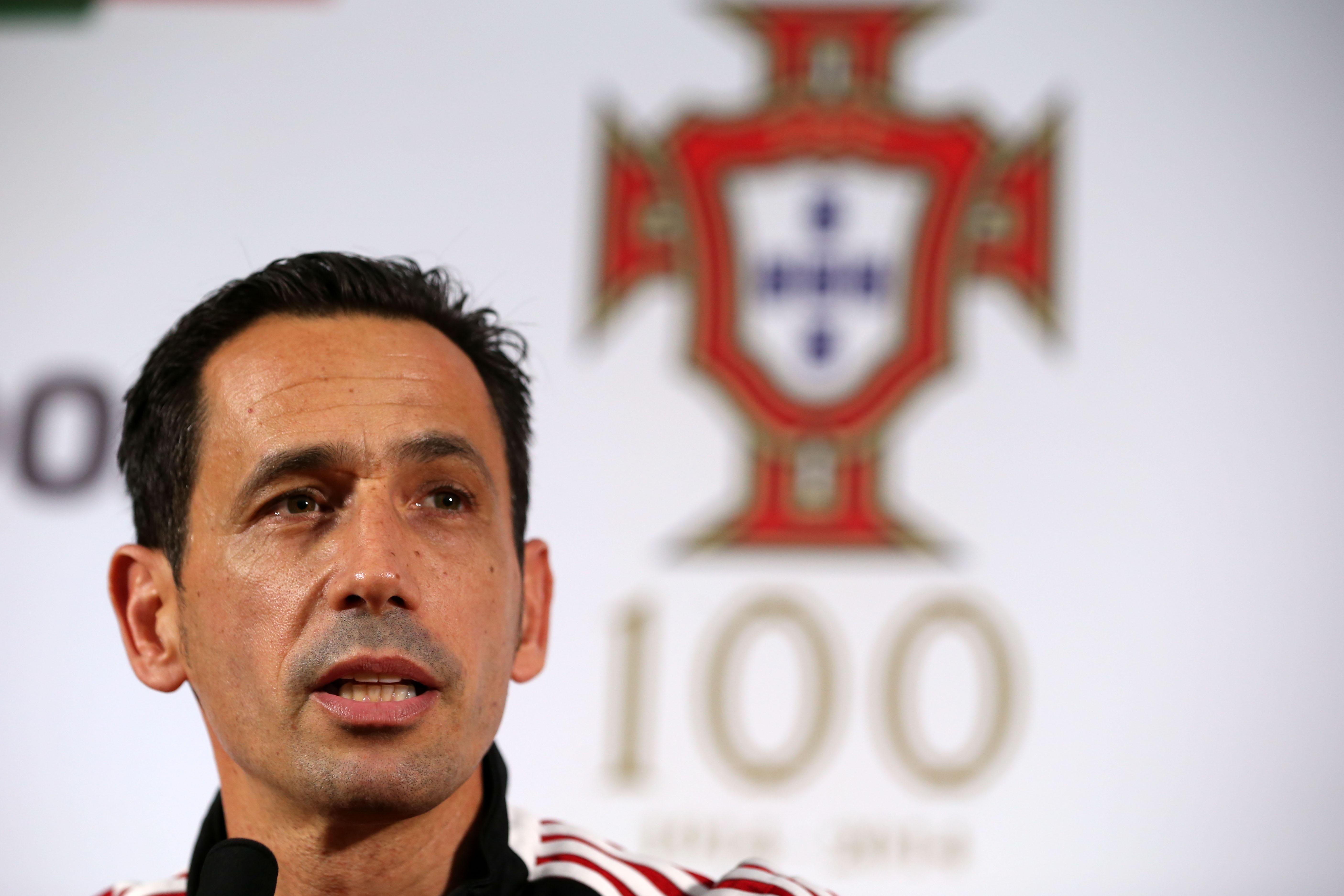 Pedro Proença ameaça demitir-se da Liga de clubes