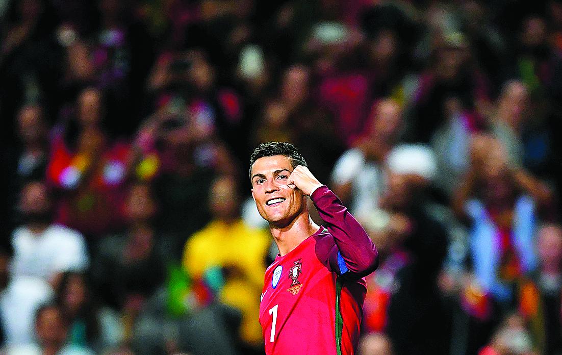 Após Cristiano Ronaldo quebrar marca, Pelé provoca craque português