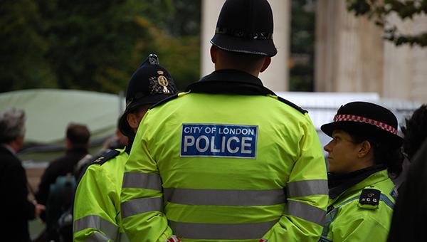Soldados britânicos neonazis detidos sob suspeita de terrorismo