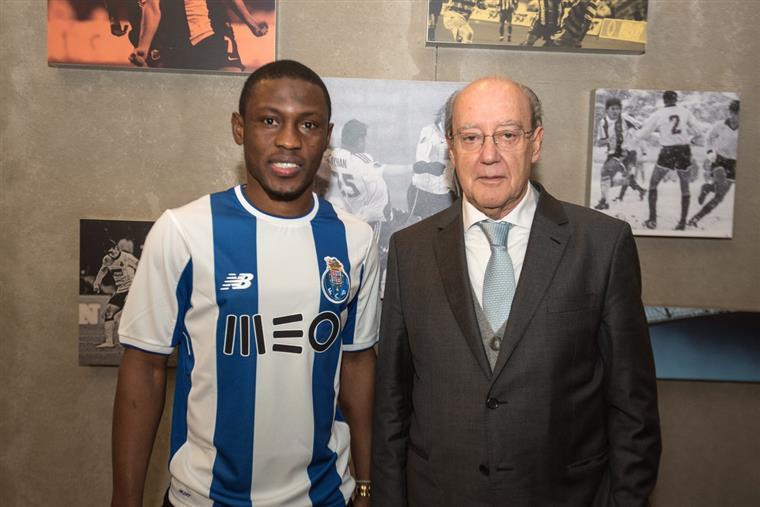 FC Porto oficializa Waris antes do jogo com o Tondela