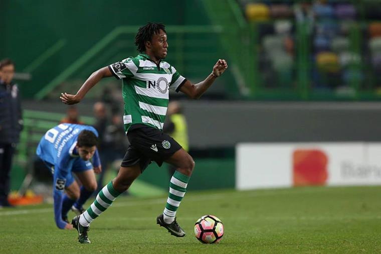 Golo tardio de Mathieu deu liderança isolada ao Sporting